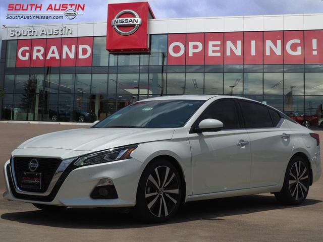 New 2019 Nissan Altima 2 0 Platinum FWD 4D Sedan